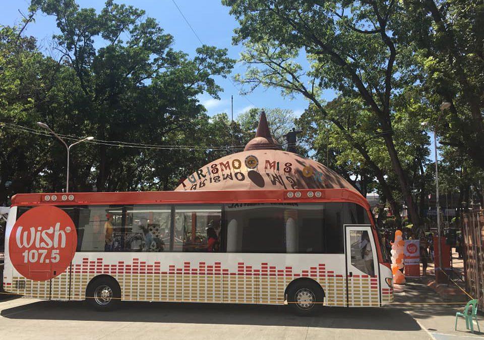 Wish 107.5 Bus nibisita dinhi sa Provincial Capitol Grounds